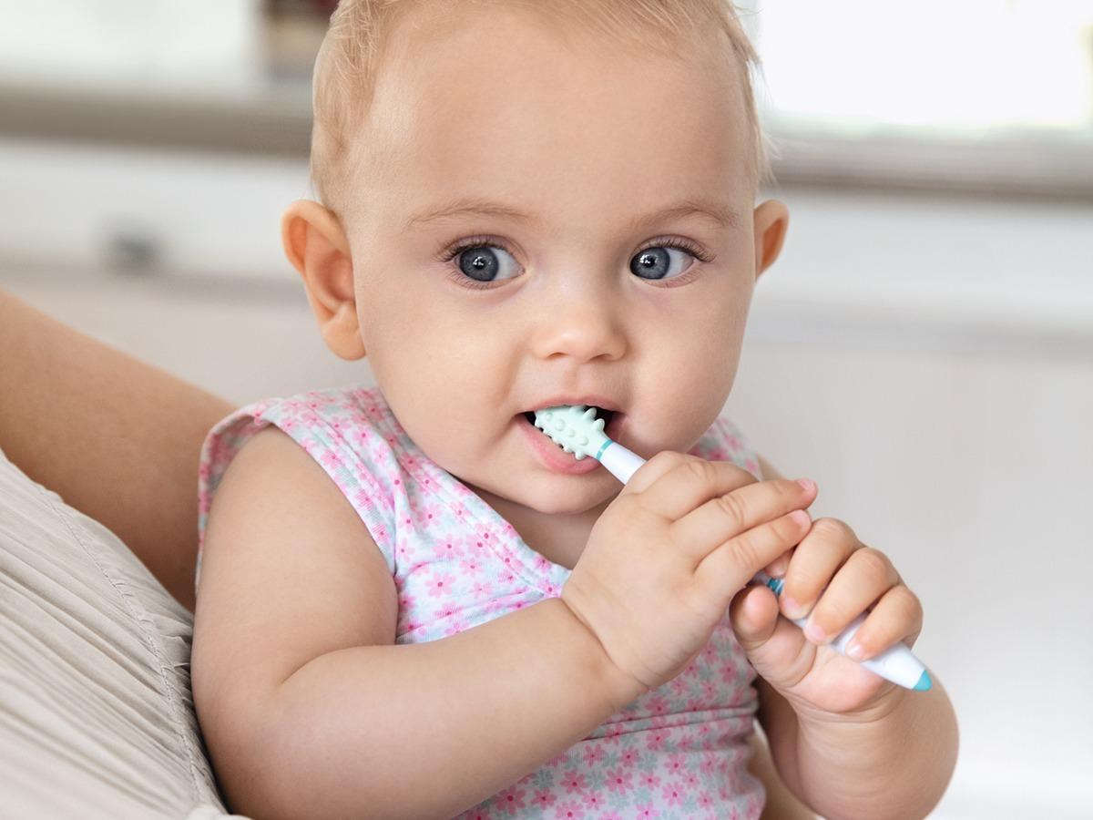 Como e quando iniciar a higiene oral das crianças